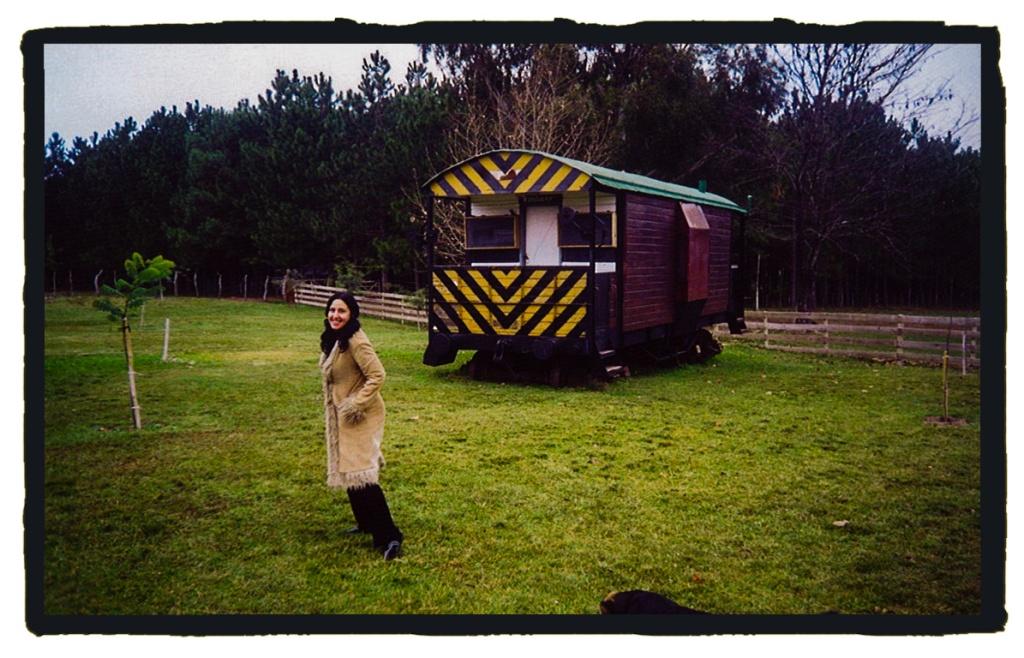 Dormir en un vagón de tren varado en la selva es una de las experiencias que no puedes perderte (La vuelta al mundo en 80 mitos)